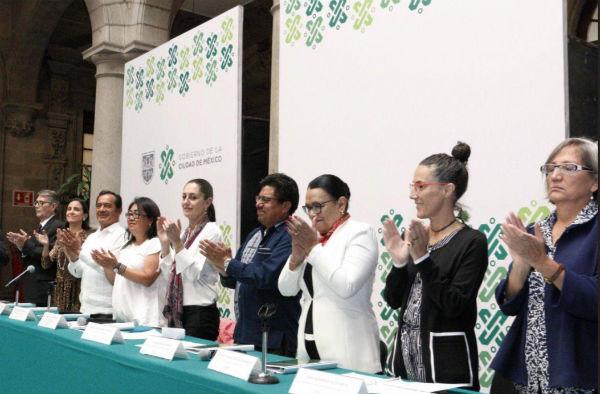 Este primer acuerdo fue firmado por 21 representantes de núcleos ejidales. Foto: @Claudiashein