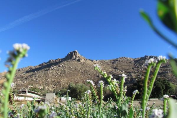 El Vallecito es un sitio arqueológico que cuenta con escenarios de rocas gigantes. Foto: Especial