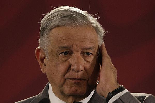 En su conferencia de prensa desde Palacio Nacional, López Obrador mandó un mensaje a Trump en donde aseguró que su gobierno quiere mantener una relación de respeto y amistad. FOTO: NOTIMEX