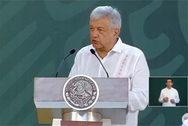 Este lunes, el presidente se reunió con el gobernador de Veracruz, Cuitláhuac García Jiménez, con quien se hizo una revisión y análisis de la violencia que se vive en el estado