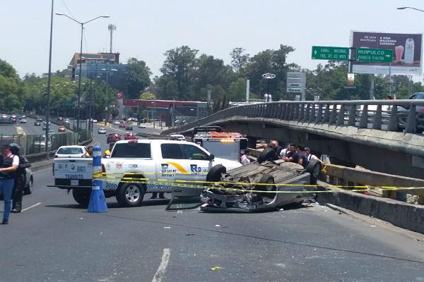 Autoridades piden a los automovilistas tomar precauciones. Foto: De Twitter @CarlosTejedaA