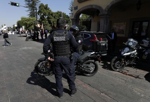 Policías ataque