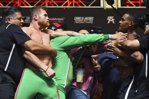 Canelo y Jacobs