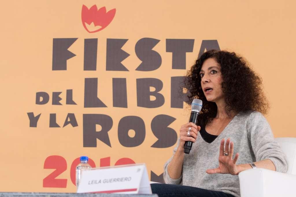 """INAUGURAL. Guerriero en su conferencia """"La crónica como forma de vida"""". Foto: Cortesía"""