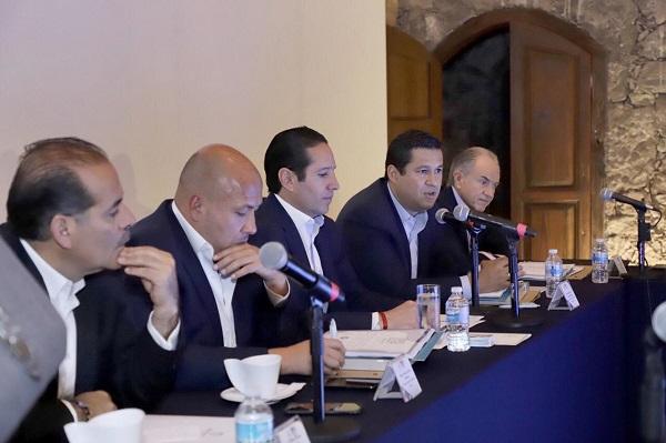 En esta alianza, se han establecido mesas de trabajo en donde también participan los secretarios de economía y planeación, además de empresarios y académicos, lo cual fortalece está estrategia. Foto: Especial
