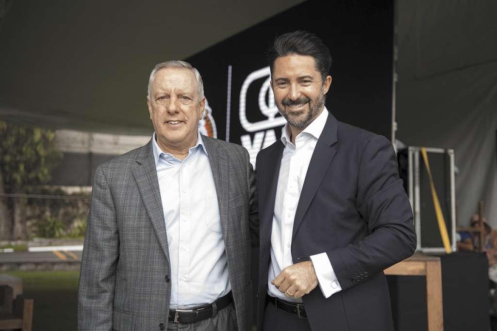PASADO. Arturo Brizio y De Luisa, en un evento del sistema. Foto: MEXSPORT