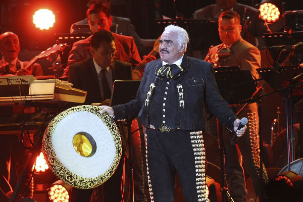 Vicente Fernández Jr. asegura que su padre es muy respetuoso. Foto: Cuartoscuro
