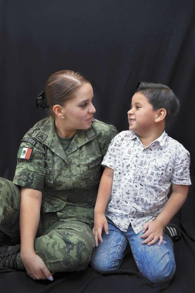 Michelle y Sebastián entrenan juntos todos los días para lograr ser mejores y servir a México. FOTO: LESLIE PÉREZ