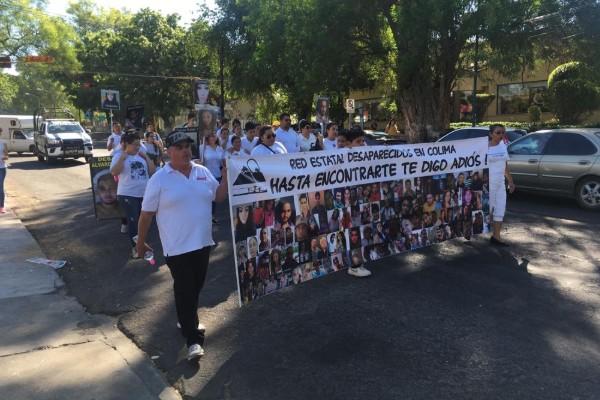 El contingente partió de la avenida Pedro A. Galvan Norte al Palacio de Gobierno. Foto: Marth de la  Torre