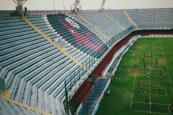 El equipo de Veracruz deberá liquidar todos los adeudos económicos pendientes. Foto: de Twitter @ClubTiburones