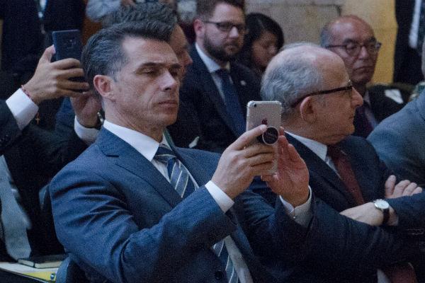 Sergio Mayer Bretón
