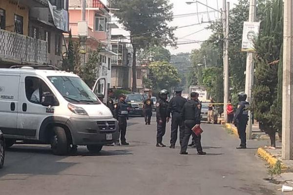 En la alcaldía Gustavo A. Madero se reportó el hallazgo de un cuerpo en la colonia Zona Escolar, Cuautepec. Foto: De Twitter @MojicaAg