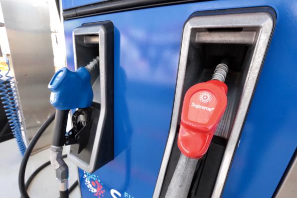 La gasolina cuesta hasta 1 por ciento por encima del precio que se observa en zonas urbanas. Foto: Archivo | Cuartoscuro