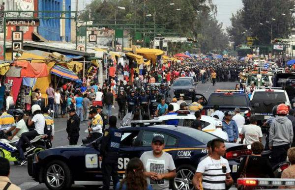 En las cercanías del Mercado de Rivero, tres hombres fueron ultimados esta tarde. FOTO: ESPECIAL