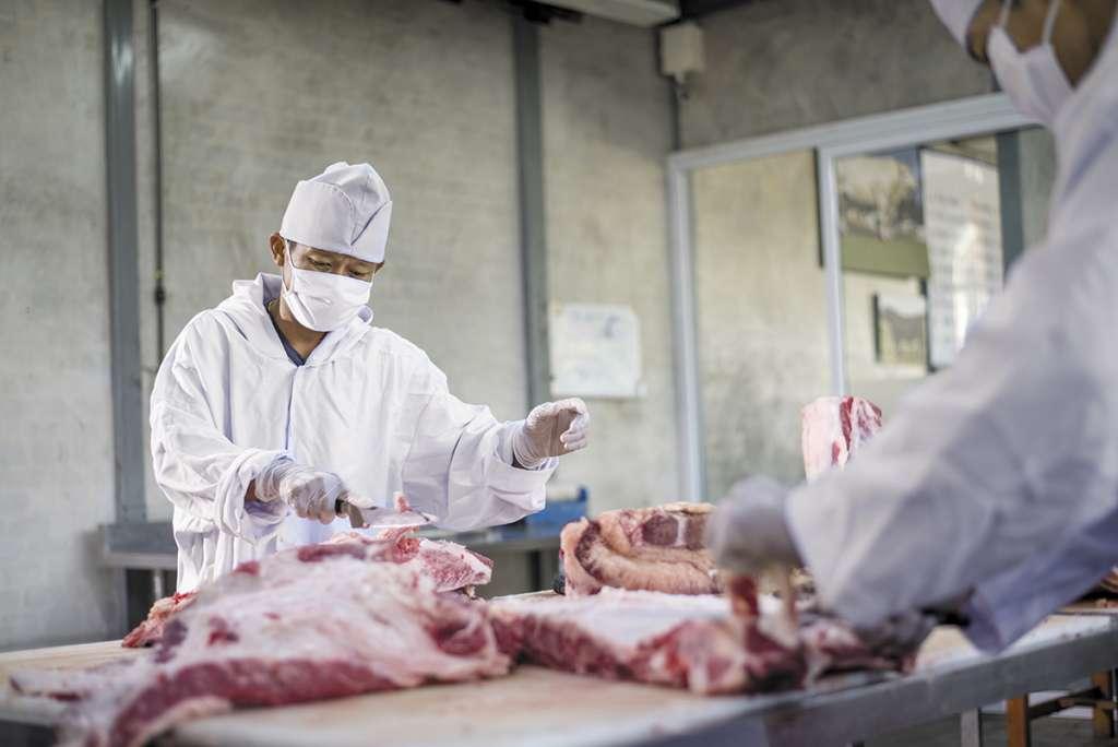 Se han creado estrictos protocolos para evitar la contaminación de la carne.FOTO: ESPECIAL