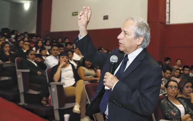 Enrique Cárdenas se prepara para las próximas elecciones locales en Puebla. Foto: ESPECIAL