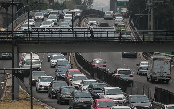Los vehículos de transporte federal y local circularán restringidamente. FOTO: CUARTOSCURO
