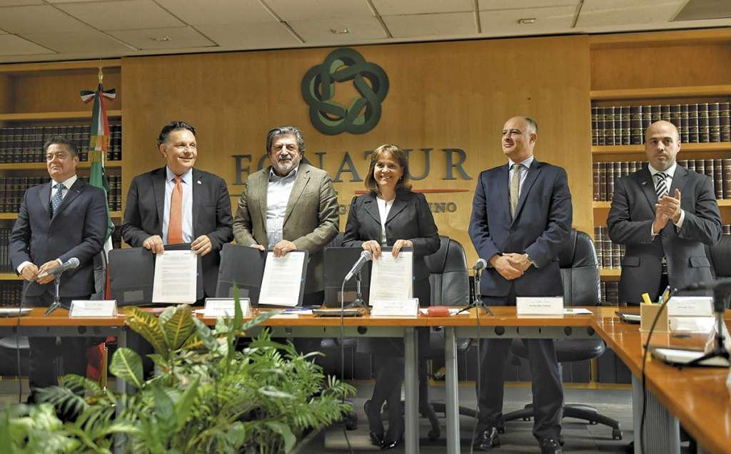 Fonatur y la UNOPS firmaron convenio para que la oficina internacional asesore al gobierno. FOTO: ESPECIAL