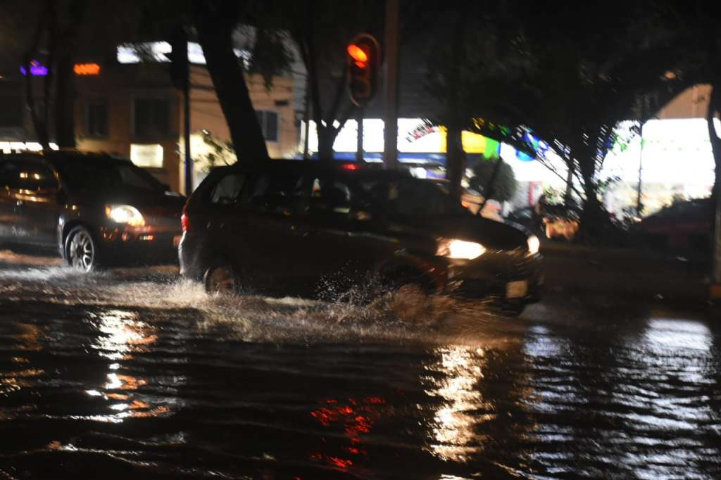 autoridades piden a la población tomar las medidas necesarias para evitar accidentes. Foto: Daniel Ojeda