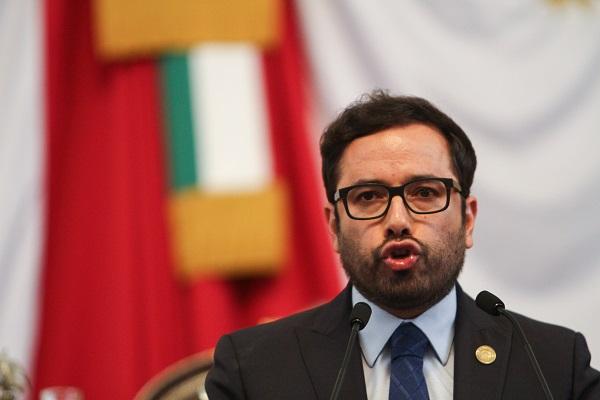 Romo habló del tema durante su comparecencia ante la Comisión de Hacienda y Crédito Público del Congreso de la Ciudad de México. Foto: Cuartoscuro