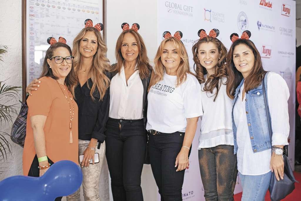 Paola Berger, Pixie Devlyn, Sabrina Herrera, Rosaura Henkel, Ana Cecilia Romero y Alejandra Longoria. Foto: Yaz Rivera