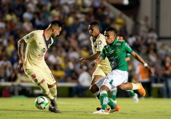 Las acciones se encuentran igualadas sin goles en la cancha del Querétaro donde hoy, el América juega de local. FOTO: MEXSPORT