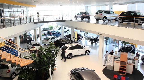 La baja venta vehicular contrasta con el Índice de Confianza del Consumidor para comprar un vehículo en los próximos dos años.n FOTO: ESPECIAL