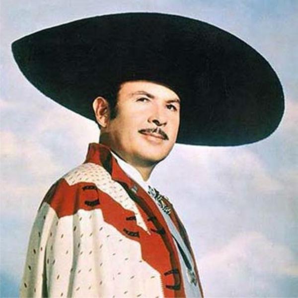 Antonio Aguilar lidera el récord de temas grabados de su época con 2000. Foto: Especial