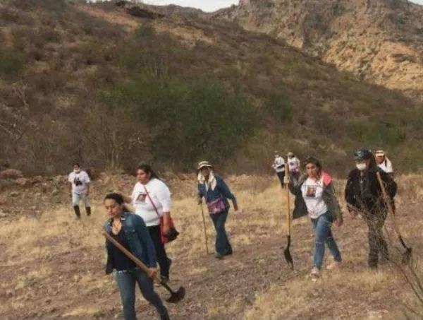 No pierden la esperanza de encontrar a sus familiares desaparecidos. FOTO: ESPECIAL