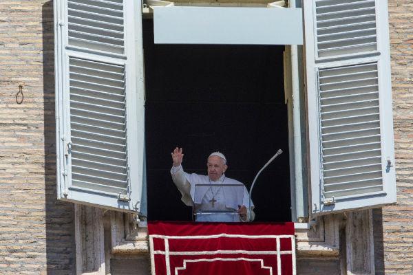 El Papa Francisco habló del amor que se debe tener entre los hombres como se aman a si mismo