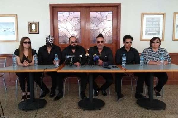 En la conferencia estuvieron reunidos los familiares del enmascarado. FOTO: ESPECIAL