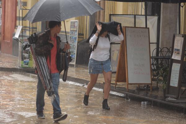 Las precipitaciones podrían ser con granizo y actividad eléctrica. Foto: Archivo | Cuartoscuro