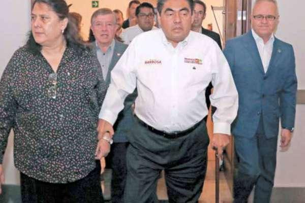 El candidato estuvo acompañado por Gabriel Covarrubias, presidente de Canacintra Puebla. FOTO: ENFOQUE