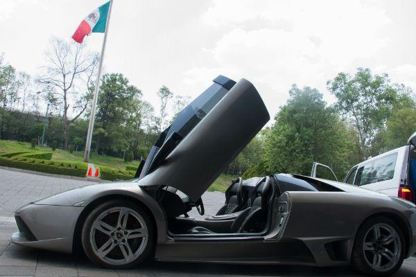 Los autos en subasta iniciarán, el más barato en 10 mil pesos; el más caro supera el millón de pesos