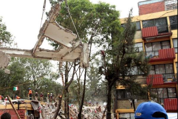 A 20 meses de ocurrido el terremoto, del universo total de construcciones afectadas, apenas 24.4% está en obra o por iniciar su intervención de rehabilitación. Foto: Especial