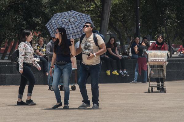 Ante las altas temperaturas, se recomienda a la población atender los avisos que emiten el SMN y Protección Civil. Foto: Archivo | Cuartoscuro