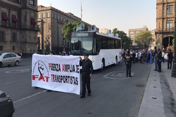 Protesta transportistas en el Zócalo
