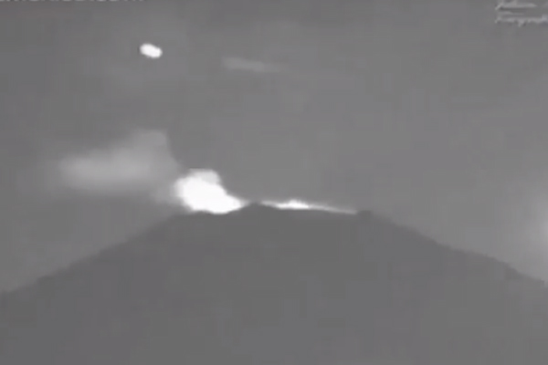 ovni en el volcán popocatépetl
