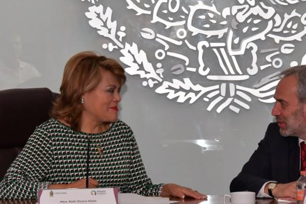 Ruth Olvera destacó que desde el primero de enero se trabaja en el programa con medidas preventivas. Foto: Twitter