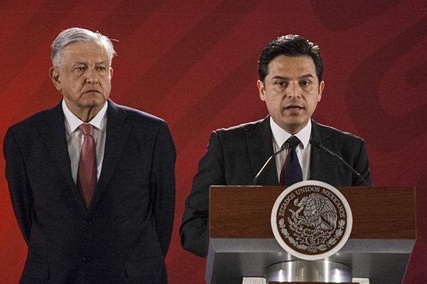 López Obrador y Robledo. Foto: Cuartoscuro