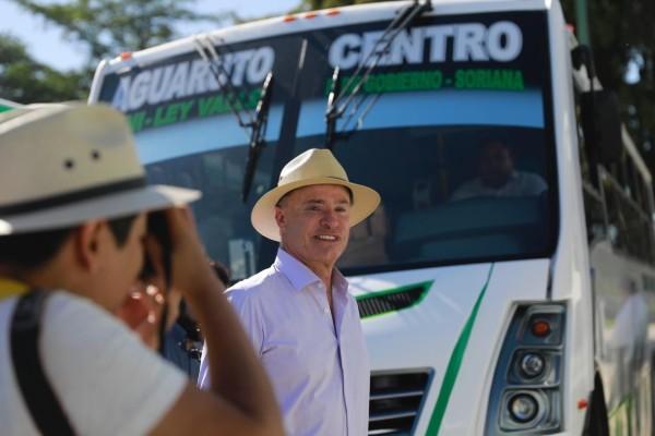 También asistieron al evento, el secretario general de Gobierno, Gonzalo Gómez Flores; el secretario de Seguridad Pública, Cristóbal Castañeda, entre otros. Foto: Especial