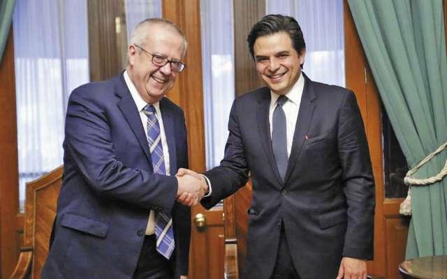 El titular de SHCP, Carlos Urzúa, y del IMSS, Zoé Robledo, revisaron la agenda financiera.FOTO: ESPECIAL