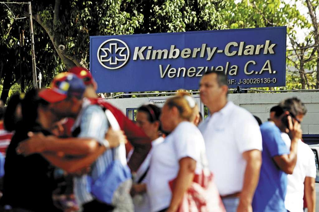 Kimberly-Clark es una de las empresas extranjeras que cerraron en Venezuela por la crisis económica.FOTO: ESPECIAL