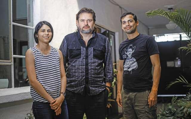 Osorno (centro) comandó al equipo de investigadores, en el que participaron Salma Abo Harp y Meño Larios.FOTO: NAYELI CRUZ