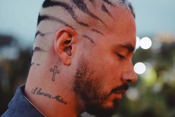 J Balvin actualmente luce con tatuajes, delgado y muy atractivo. Foto: Instagram jbalvin