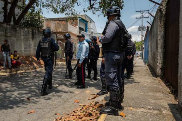 Motín en prisión de Venezuela deja 29 muertos y 19 heridos