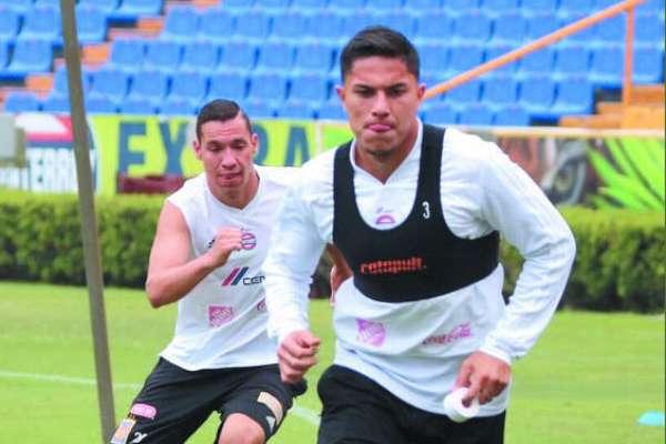 Ambos jugadores entrenaron sin problema. FOTO: CORTESÍA