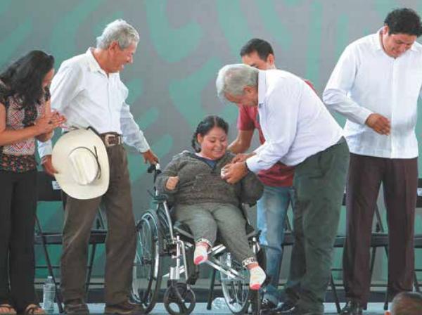 El Presidente impulsó los Programas Integrales para el Bienestar en Querétaro y Guanajuato. Foto: Notimex