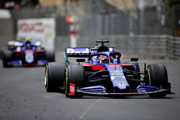 Lewis Hamilton dedicó su triunfo a la memoria de Niki Lauda.