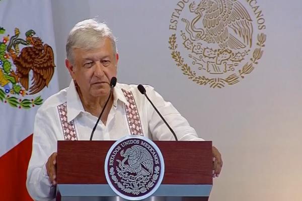 AMLO explicó que Pemex se verá fortalecido en tres años. Foto: Especial